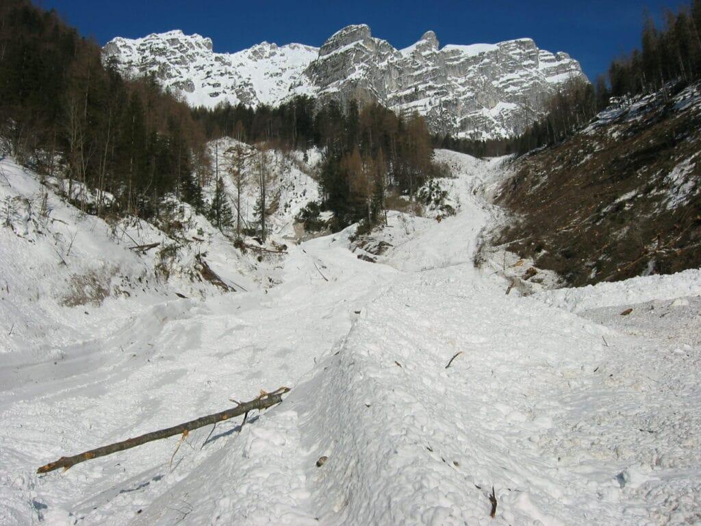 Lawinenbahn 21-Haslinger